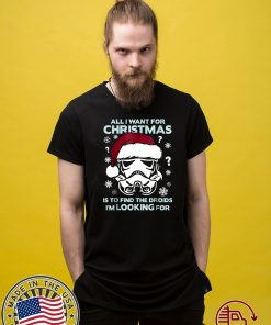 Star Wars Storm Trooper Droid Looking Christmas Classic T-Shirt